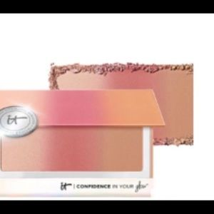 It cosmetics Confidence In Glow Blush Bronzer BNIB